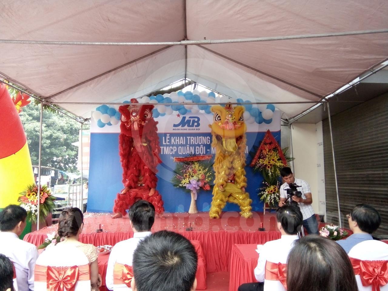 khai-truong-ngan-hang-tmcp-quan-doi-mb-van-lam-15