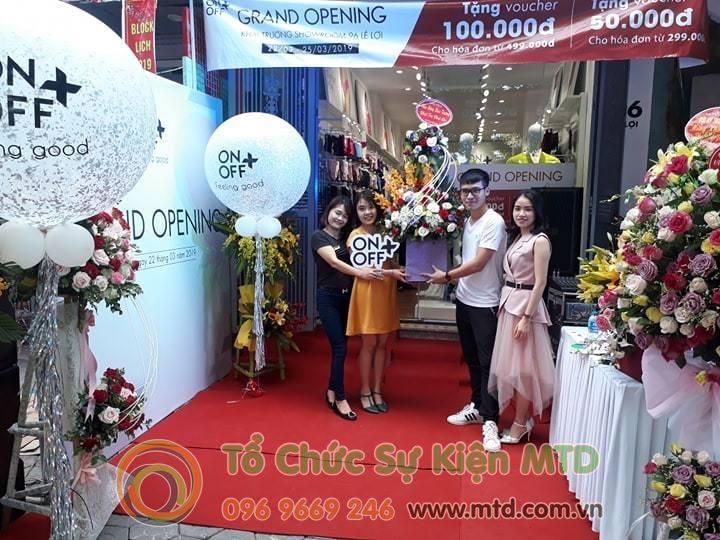 khai-truong-showroom-onoff-3