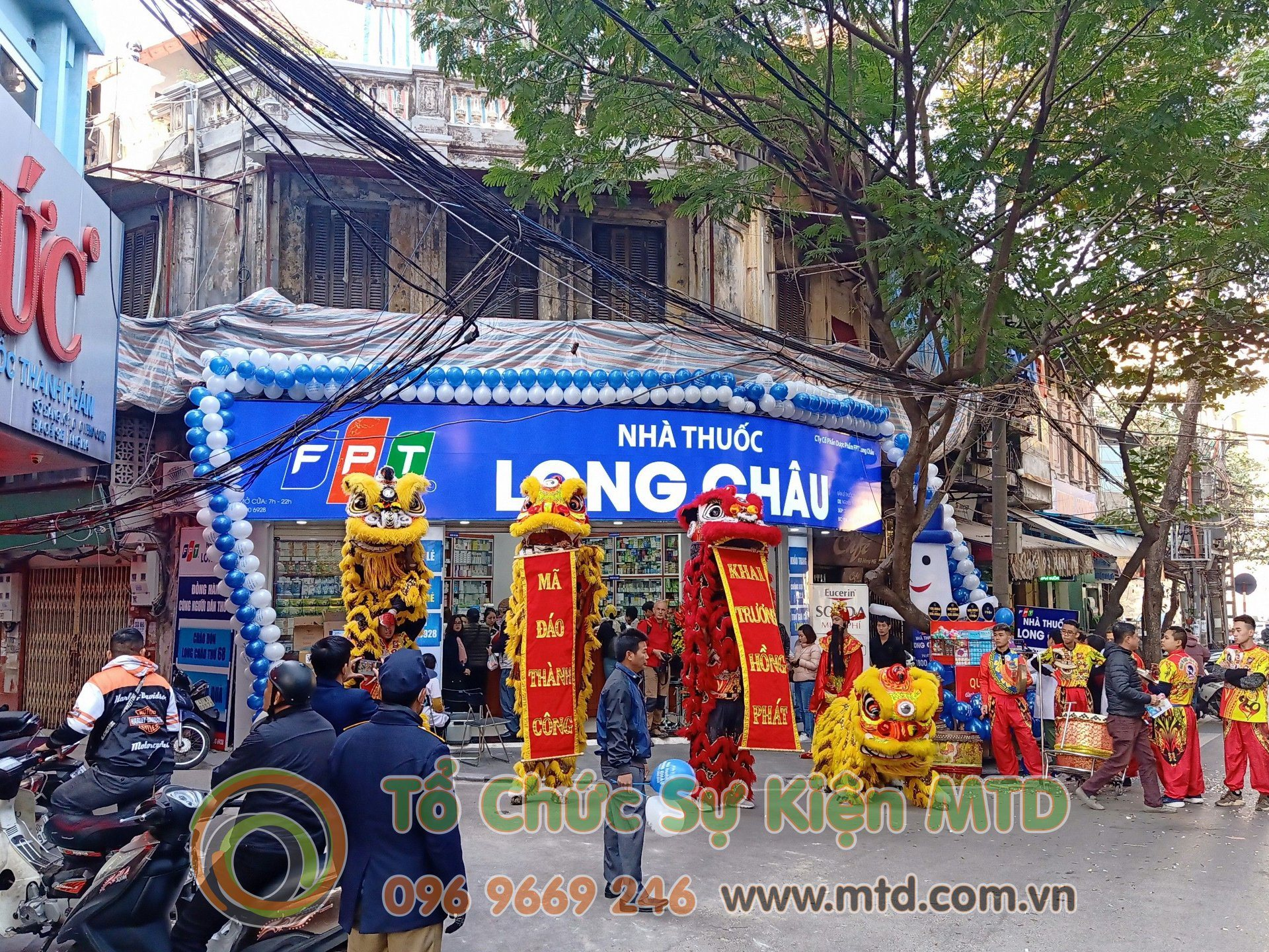road-show-long-chau-hang-ma-1